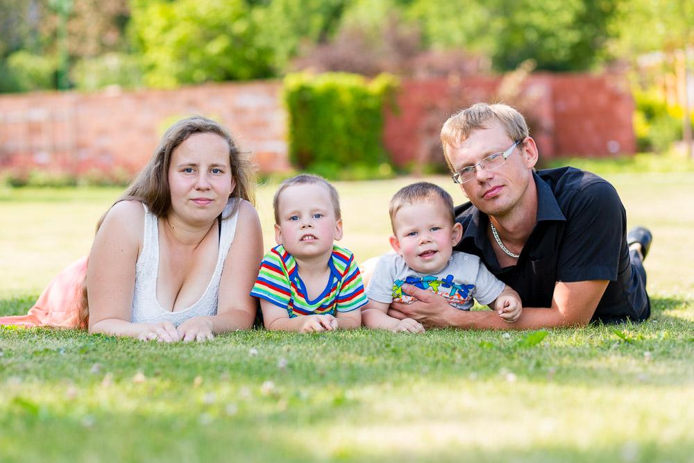 Jane ja Kalle lastega. © Mario Mesi | www.mariomesi.com